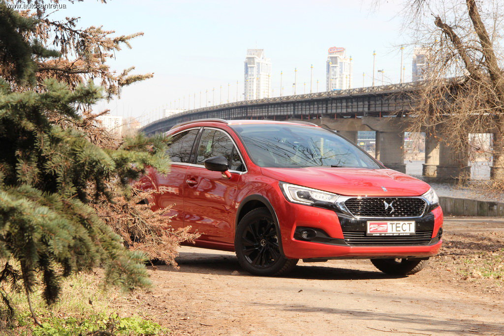 Тест-драйв DS 4 Crossback: В образе