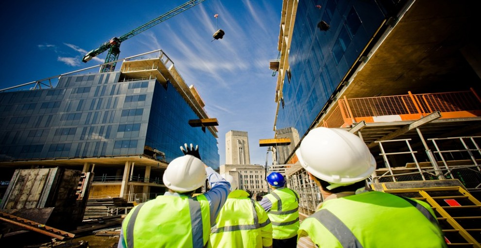В Украине продолжает дорожать строительство