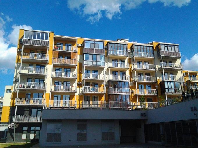 ZhK-Lipinka-balkony