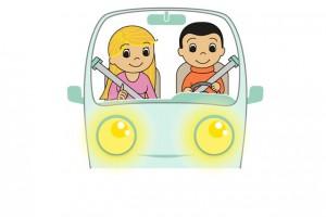 Включать фары днем и не пользоваться телефоном за рулем: МВД напомнило важные правила поведения на дороге. ФОТО
