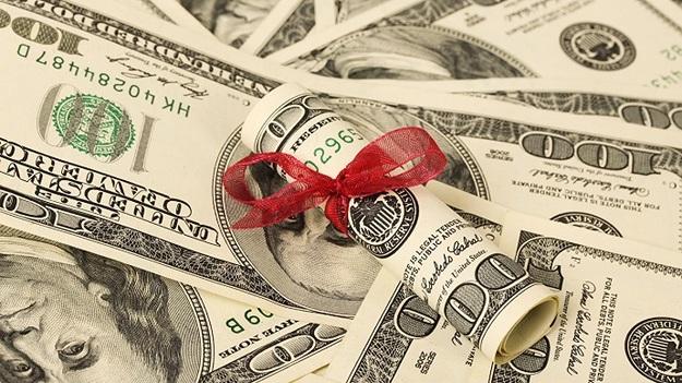 Валютные вклады дешевеют, гривневые - дорожают