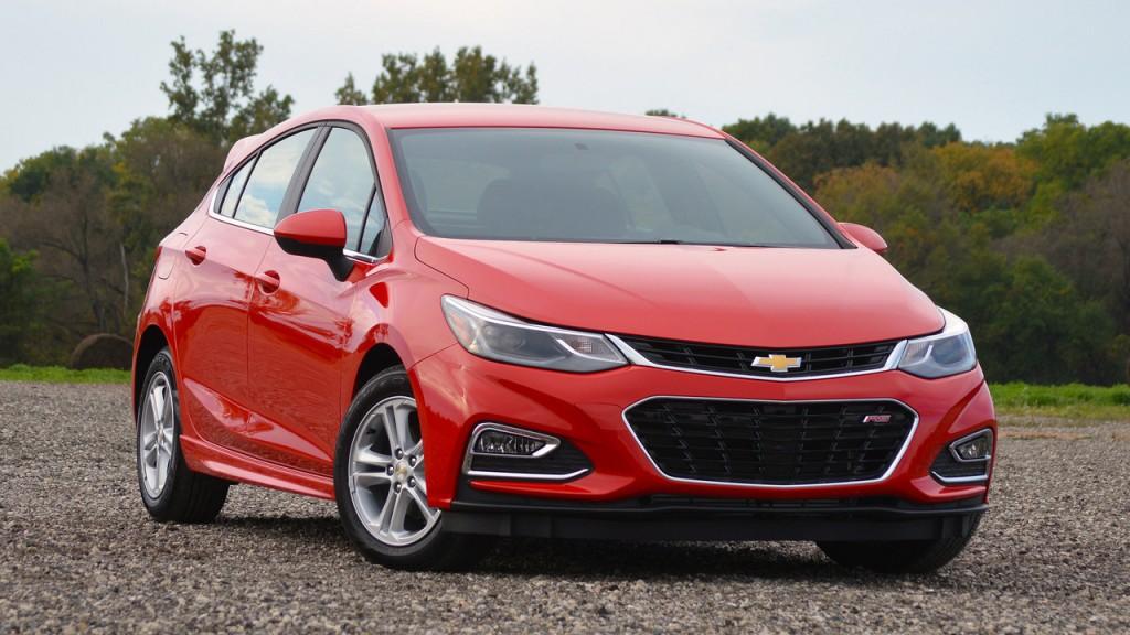 Chevrolet представил обновленный Cruze