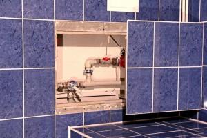 Ревизионный люк: инструкция по монтажу