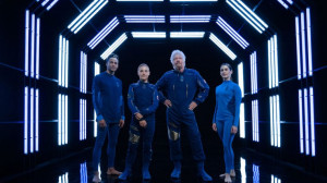 Миллиардер Брэнсон представил костюм для космических туристов