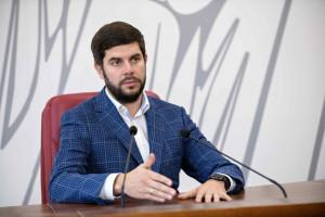 Не менее 70-85% всех выбросов в Киеве обеспечивают автомобили, — Константин Яловой