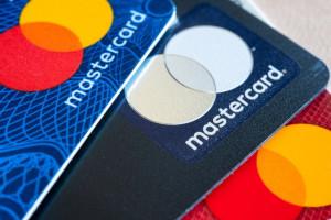 Mastercard затеял карточную революцию. Магнитные полосы окончательно уйдут в прошлое